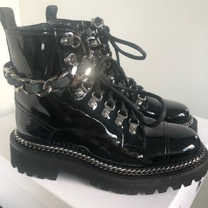 BALMAIN NEW Army chain black patent leather boots